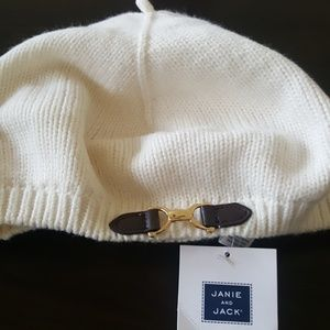 Janie And Jack NWT beige knit beret buckle hat